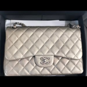 ⭐Chanel Jumbo Double Flap in gold ⭐